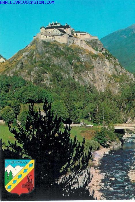 Château Queyras, sur son rocher pyramidal